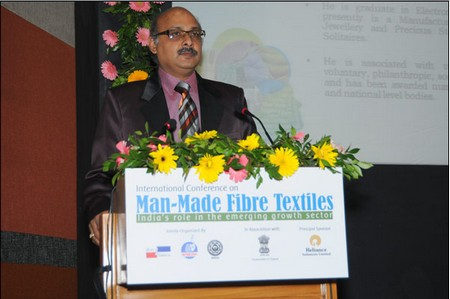 Mr Rohit Mehta – President, SGCCI speaking during the inaugural ceremony