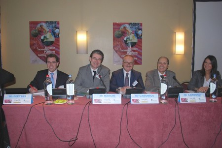 Speakers of the opening session (from left to right) : Antoine Peeters, EuropaBio; Francesco Marchi, Euratex; Paolo Canonico, Textile ETP chairman; Julio Cardoso, European Commission; Loredana Ghinea, a.SPIRE