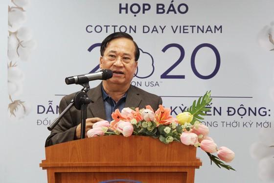 Chairman of Vietnam Textile and Apparel Association Vu Duc Giang