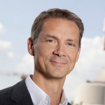 Holger Blecker - CEO and Chairman of the Management Board at Breuninger Breuninger