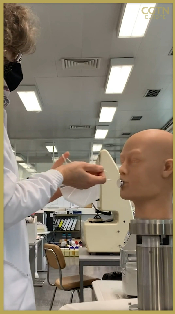 The breathing mannequin